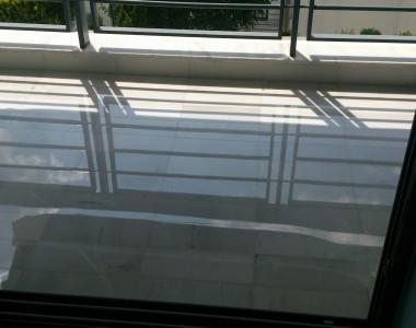 Γυάλισμα σε μπαλκόνι - Μάρμαρο Κοζάνης